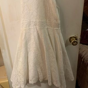 Other - Laced flower girl dress